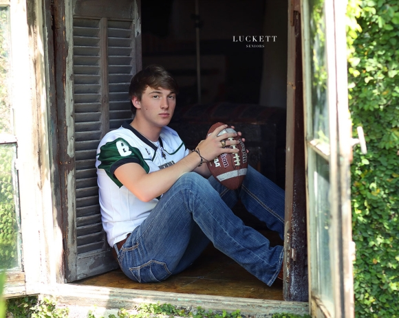 Boys Senior Pictures 13